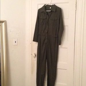 Other - Army green jumpsuit 8 10